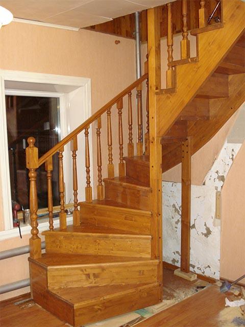 Частные фото деревянных лестниц