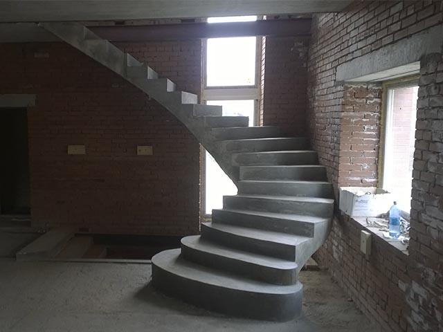 Изготовление бетонных лестниц в Беларуси