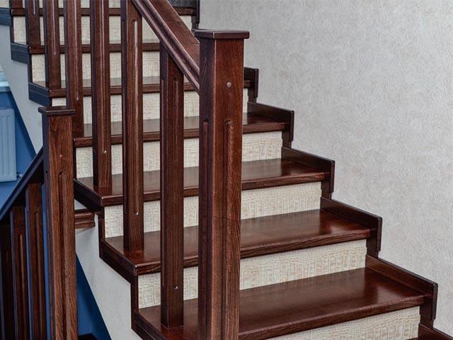 Комбинированная лестница дерево