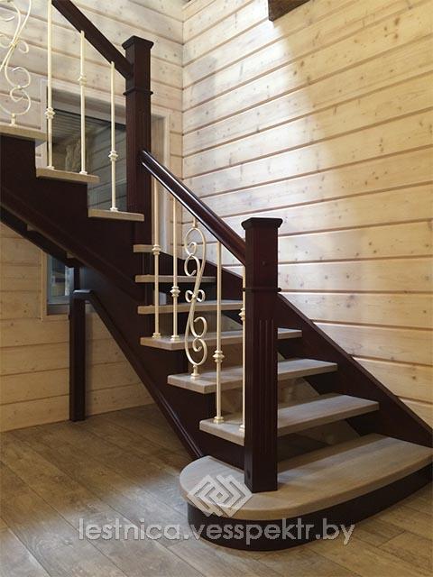 Комбинированные лестницы с коваными ограждениями