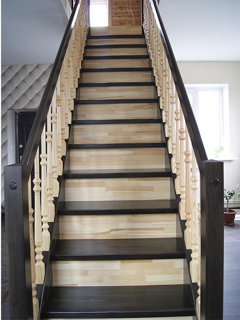 Купить элементы деревянной лестницы