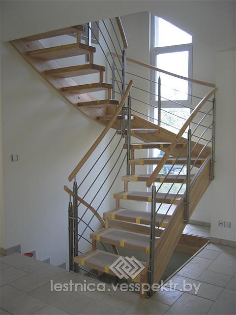 Купить лестницу на больцах на второй этаж