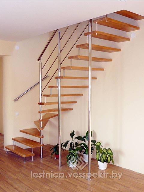 Купить лестницу на больцах в дом