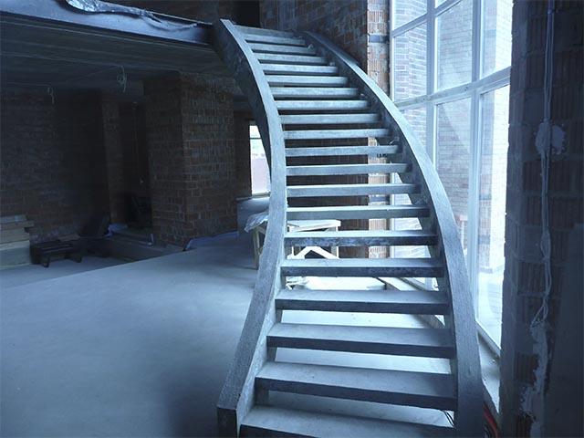 Лестница бетонная строительство