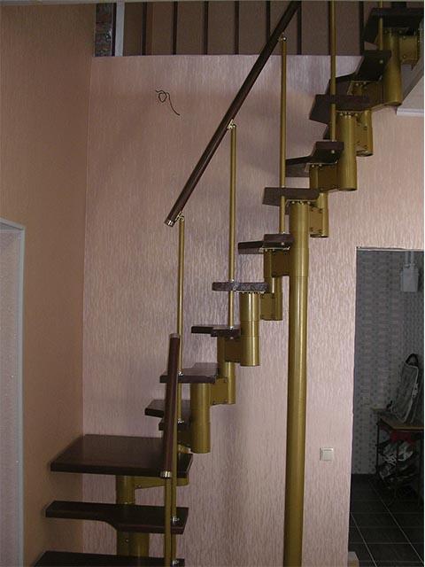 Модульная Г образная лестница