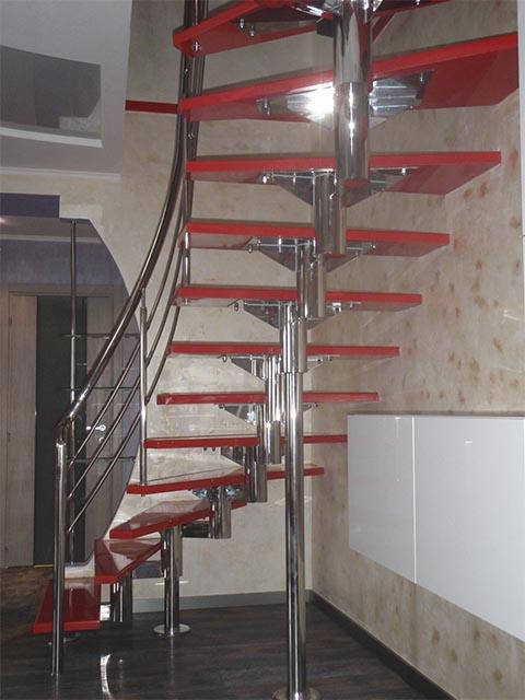 Модульные лестницы из металла