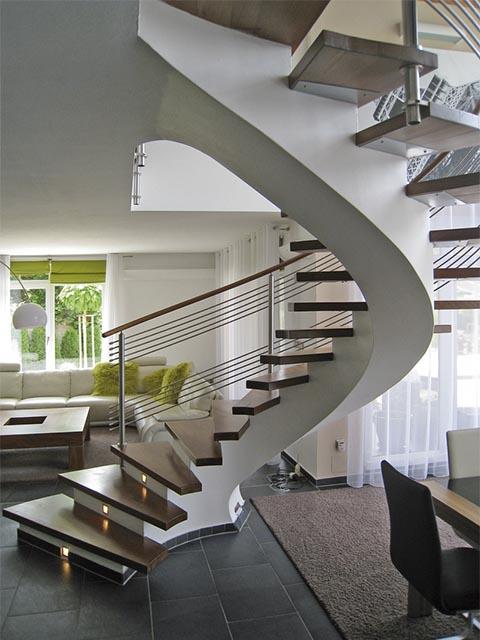 Монолитная лестница в дом