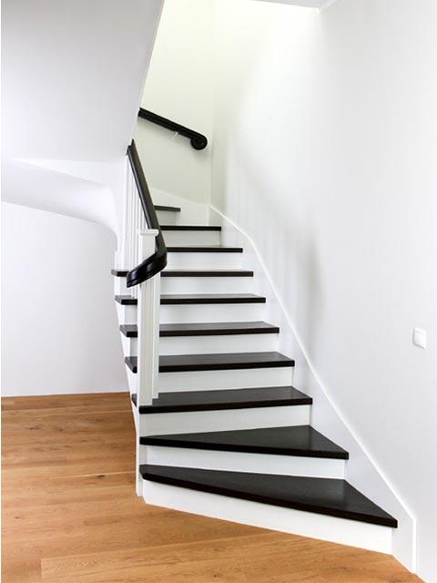Отделка монолитной лестницы