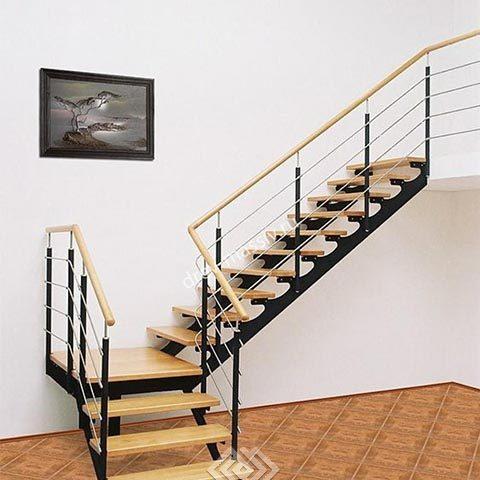 Производство лестниц на косоуре