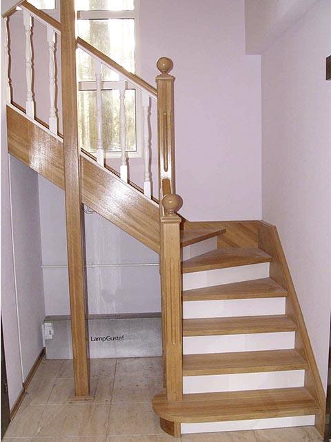 Стоимость дубовой лестницы