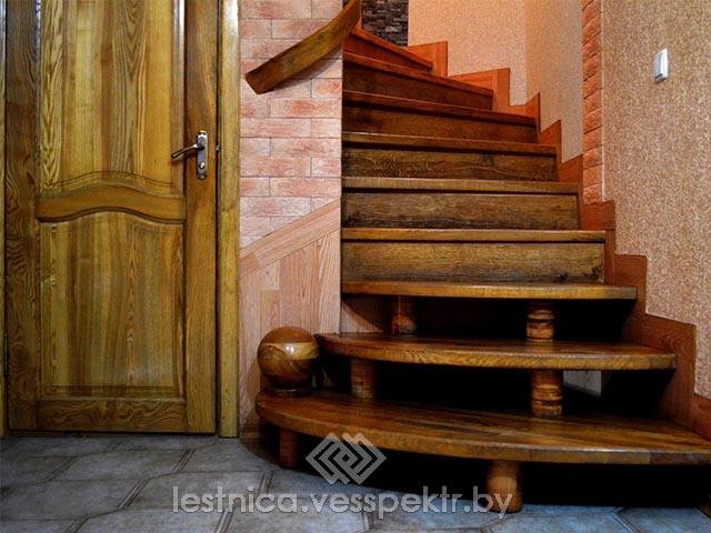 Дубовые ступени для лестницы