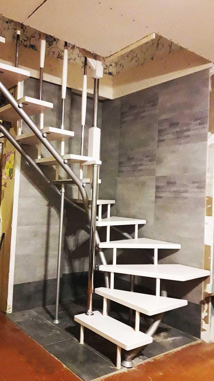 Лестница Ласточка на второй этаж в дом